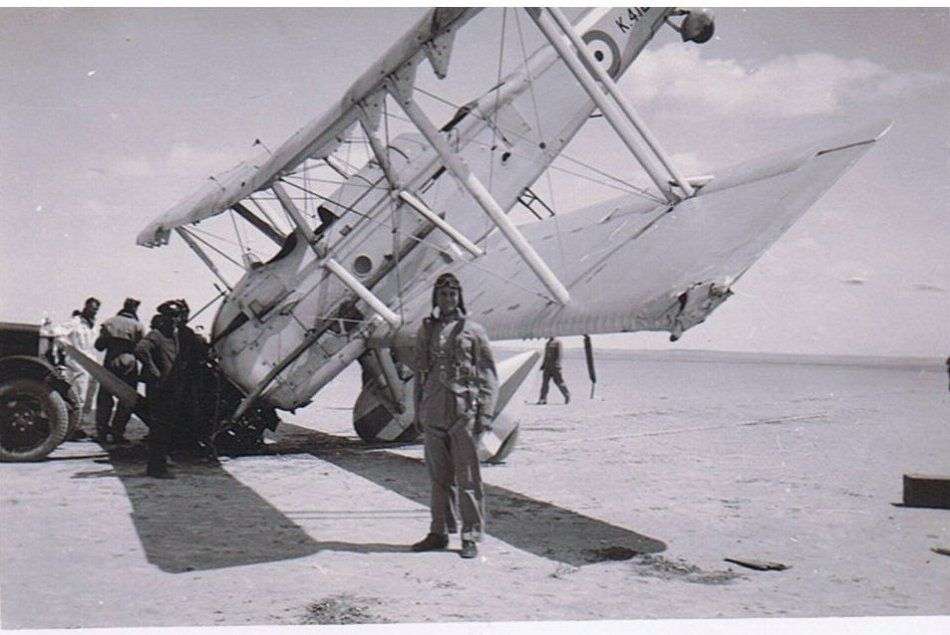 Vickers Vincent Nose Over Landing, Iraq 1937